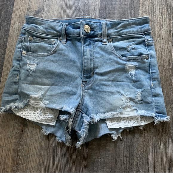 American Eagle | Hi Rise Shortie w/ Lace Pockets